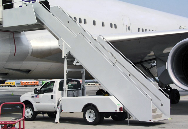 Electric Boarding Stairs Suppliers, Manufacturers, Factory